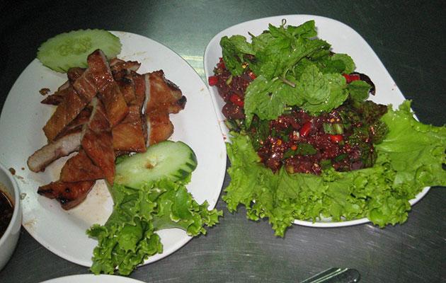 イサーン料理の代表的な肉料理