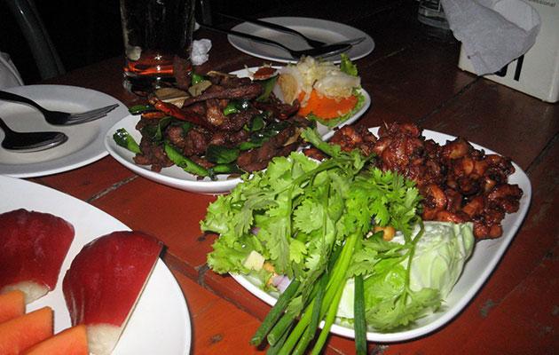 イサーン系の美味しい肉料理