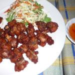 タイ式の豚肉の唐揚げムートート